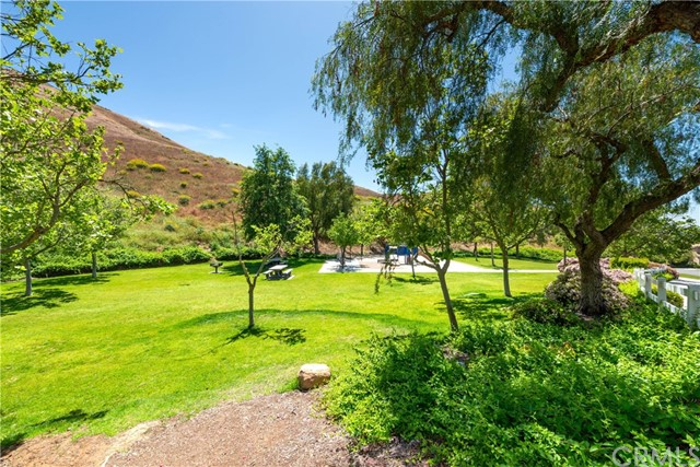 16289 Twilight Circle, Riverside CA: http://media.crmls.org/medias/9c88ac0a-2738-4468-b035-9faaa21a322d.jpg