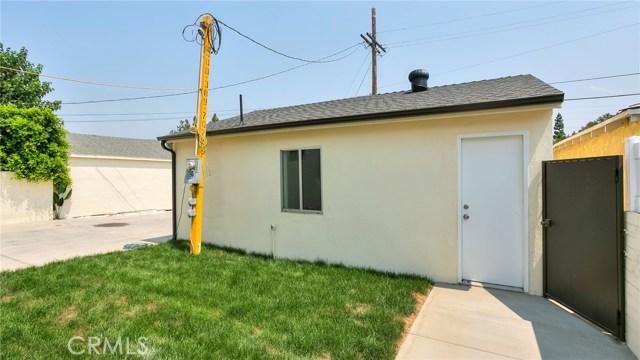 6710 Denny Avenue, North Hollywood CA: http://media.crmls.org/medias/9c8f9143-ad49-4035-8ba4-082303ff8399.jpg