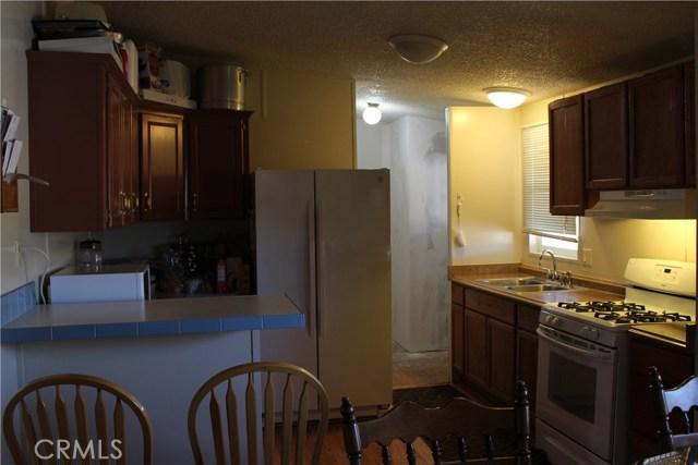 2920 Clark Road, Oroville CA: http://media.crmls.org/medias/9c95dcea-c7f6-47dc-a8c7-f15899852b1b.jpg