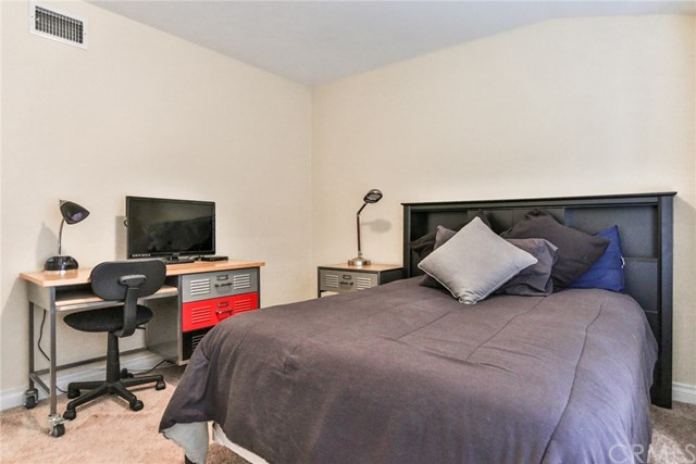 3250 W Deerwood Dr, Anaheim, CA 92804 Photo 26
