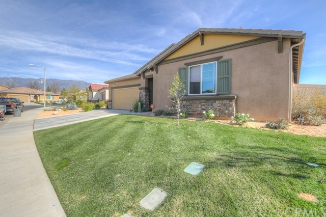 1370 Orchis Ln, Beaumont, CA 92223