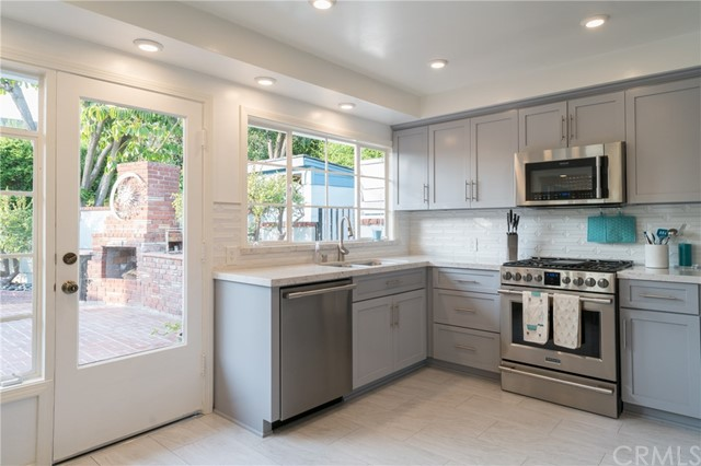 Photo of 7263 Canyon Crest Road, Whittier, CA 90602