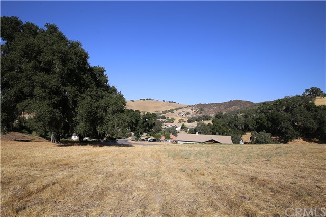 9821 Steelhead Road, Paso Robles CA: http://media.crmls.org/medias/9cb8c8b9-0293-4925-b346-f89678cb31ec.jpg