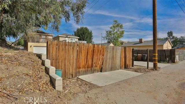 464 W E Street, Colton CA: http://media.crmls.org/medias/9cbae38d-8c73-4f91-b015-8f8c37f7928e.jpg