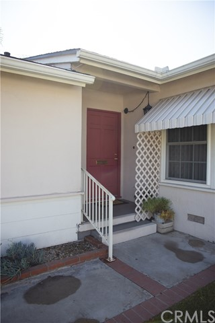 10377 Devillo Drive, Whittier CA: http://media.crmls.org/medias/9cbb336a-aaca-4a82-bfff-27e52cf36e6f.jpg