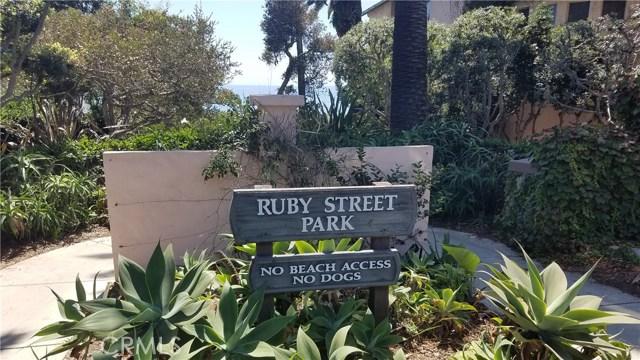 340 Ruby Street, Laguna Beach CA: http://media.crmls.org/medias/9cc46407-0e24-4288-84eb-f1220f581a0c.jpg