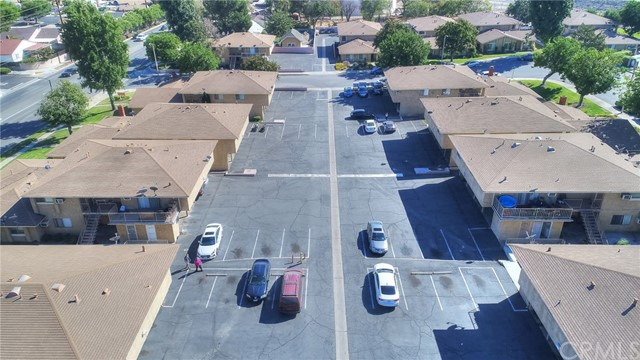 7433 Napa Court, Rancho Cucamonga CA: http://media.crmls.org/medias/9cc4da4e-4088-4ea2-8bfb-2688cf73a933.jpg