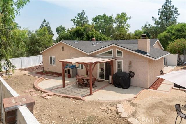 15450 Rolling Ridge Drive, Chino Hills CA: http://media.crmls.org/medias/9cc92bd4-e1be-41d8-a8e4-68c32aec1a0c.jpg