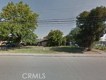 Single Family Home for Sale at 18436 Santa Ana Avenue Bloomington, California 92316 United States