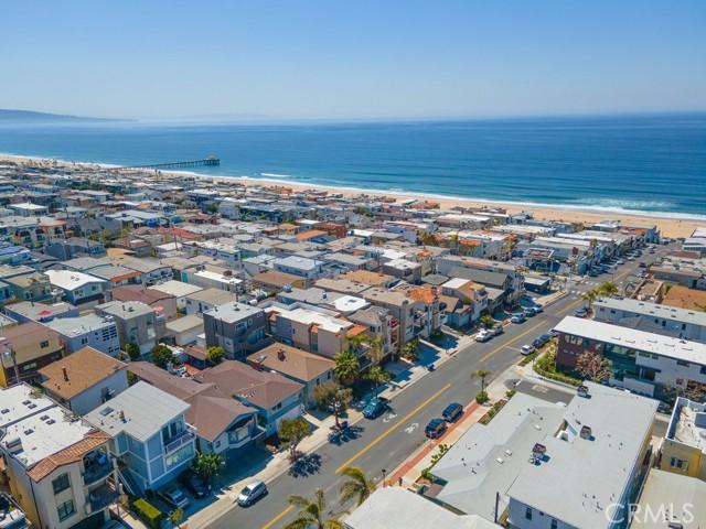 412 Marine Avenue, Manhattan Beach, California 90266, 3 Bedrooms Bedrooms, ,Single family residence,For Sale,Marine,SB21057132