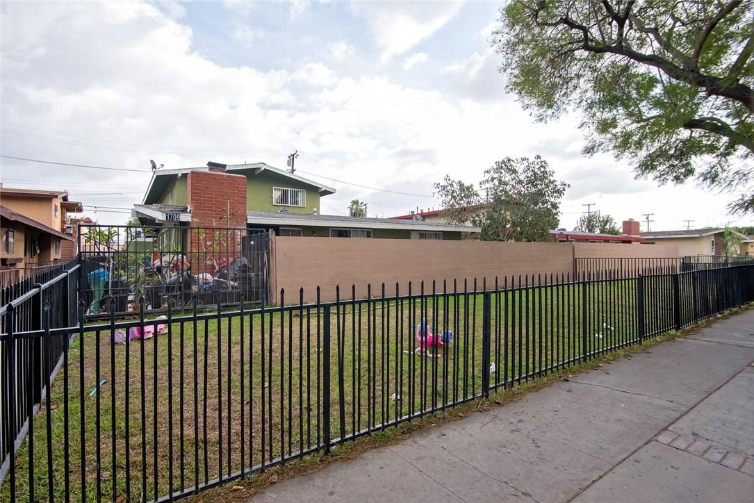 1709 Evergreen Street, Santa Ana, CA 92707