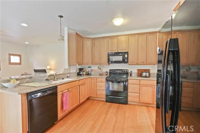 10943 Cord Avenue, Downey CA: http://media.crmls.org/medias/9cf448c2-3175-4b2a-b085-a1ed81f9e150.jpg
