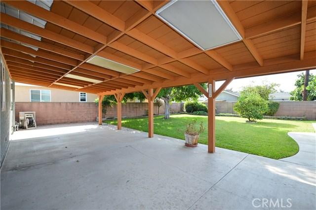 1612 Sawyer Avenue, West Covina CA: http://media.crmls.org/medias/9cf518c4-06a2-4414-9cd5-951b0bcc4204.jpg