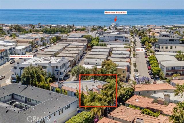 1126 Laurel Avenue, Manhattan Beach, California 90266, 4 Bedrooms Bedrooms, ,2 BathroomsBathrooms,Townhouse,For Sale,Laurel,SB20067544