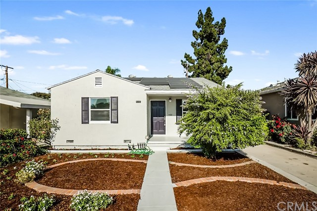 5442 Lemon Avenue, Long Beach CA: http://media.crmls.org/medias/9d0d1625-5ce3-4402-8ae4-f7f6af680d3c.jpg