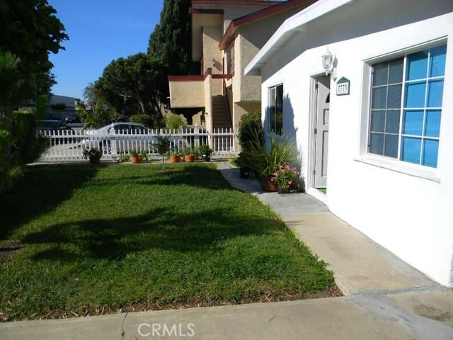 7771 Newman Avenue, Huntington Beach CA: http://media.crmls.org/medias/9d121e2b-7bfa-4d73-8875-f6c8fc2e4e2d.jpg
