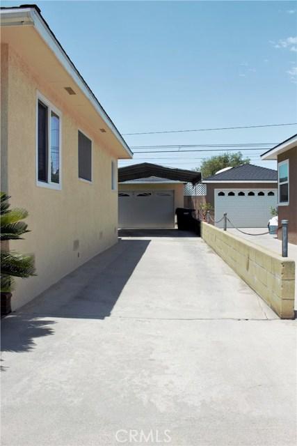 4743 McNab Avenue, Lakewood CA: http://media.crmls.org/medias/9d179da7-8786-4413-ba5f-5a8c826aa957.jpg