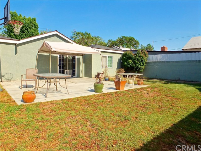 2101 San Vicente Avenue Long Beach, CA 90815 - MLS #: PW18172502