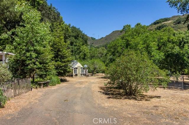 14705 Morro Road, Atascadero CA: http://media.crmls.org/medias/9d1ee17a-4b62-41a9-a8a1-a7ad26b5ca09.jpg