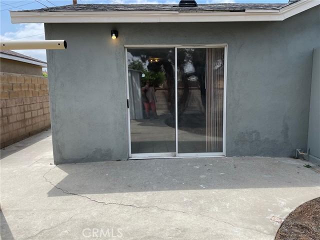 17757 Fairfax, Fontana, California 92336, 3 Bedrooms Bedrooms, ,1 BathroomBathrooms,Residential,For Sale,Fairfax,EV21093803