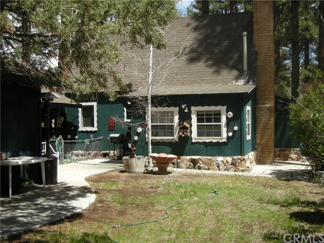 1036 W Sherwood Boulevard Big Bear, CA 92314 - MLS #: EV18285544