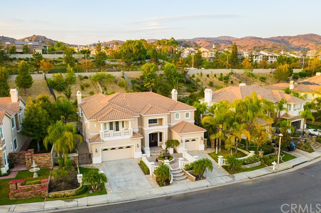 地址: 18857 Secretariat Way, Yorba Linda, CA 92886