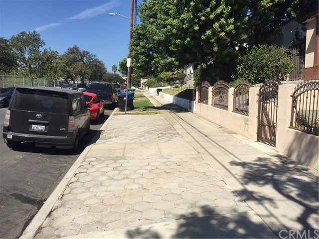 1322 Manzanita St, Los Angeles, CA 90027 Photo 3