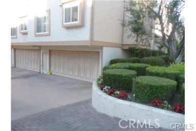 607 S Broadway, Redondo Beach CA: http://media.crmls.org/medias/9d4b5c96-5380-415b-97a5-76a9fb24f181.jpg