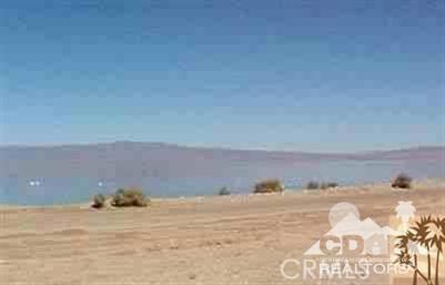 951 (lot 33) Seaport (waterfront), Salton City CA: http://media.crmls.org/medias/9d530482-7002-499b-a21b-c048cdd2a077.jpg