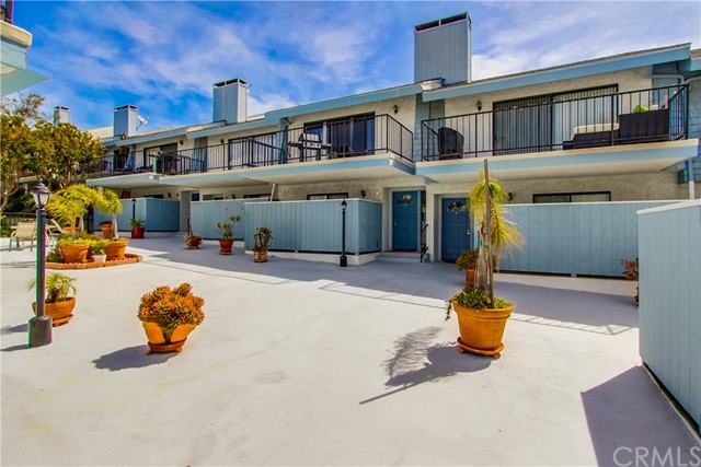 222 S Irena Avenue, Redondo Beach in Los Angeles County, CA 90277 Home for Sale