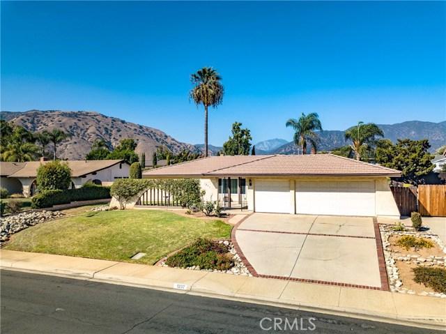 1237 Oak Mesa Drive, La Verne CA: http://media.crmls.org/medias/9d5912f5-f41f-4d63-9941-d37ae2e3708b.jpg
