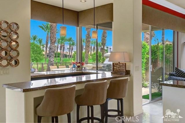 477 White Horse, Palm Desert CA: http://media.crmls.org/medias/9d5de34a-3f35-4699-962c-50cb5ec780e8.jpg