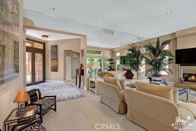 Single Family Home for Sale at 389 White Horse 389 White Horse Palm Desert, California 92211 United States