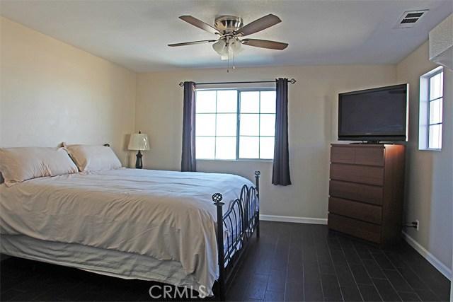 49 Rue Monet, Lake Forest CA: http://media.crmls.org/medias/9d79d573-8719-472c-8780-76e4f63d5ee8.jpg