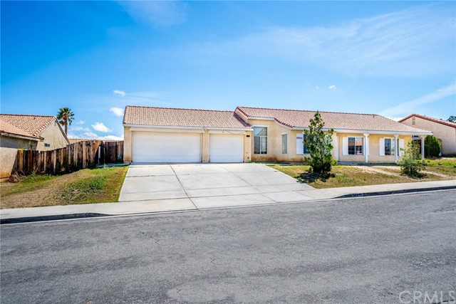 Detail Gallery Image 1 of 1 For 12945 Wrangler Ln, Victorville,  CA 92392 - 4 Beds   2 Baths