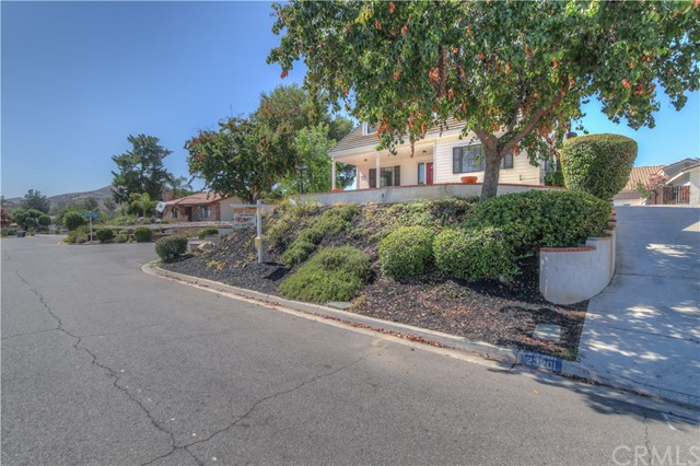 23201 Pretty Doe Drive Canyon Lake, CA 92587 - MLS #: IG17139560