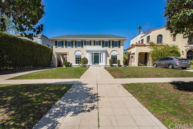 Single Family Home for Rent at 1939 Wellington Road 1939 Wellington Road Los Angeles, California 90016 United States