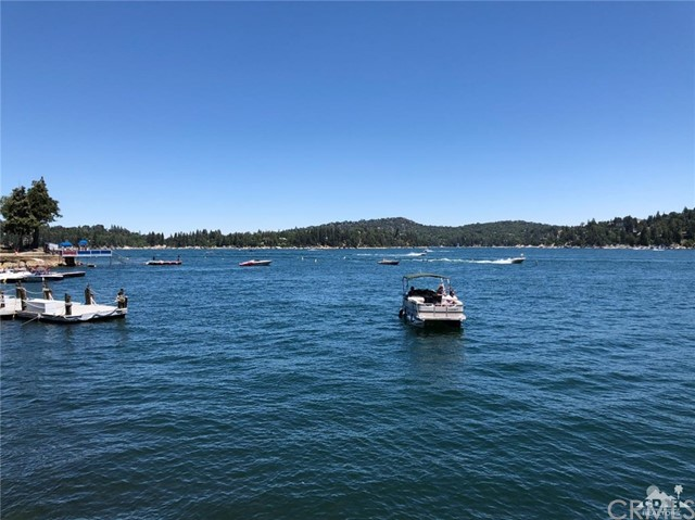 625 Cottage Grove Road Lake Arrowhead, CA 92352 - MLS #: 218019366DA