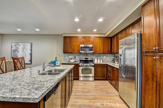 563 Rockefeller, Irvine, CA 92612 Photo 14