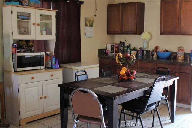 1475 W 5th Street, San Bernardino CA: http://media.crmls.org/medias/9da0856d-cb23-4210-88ad-93b87f77c9c7.jpg