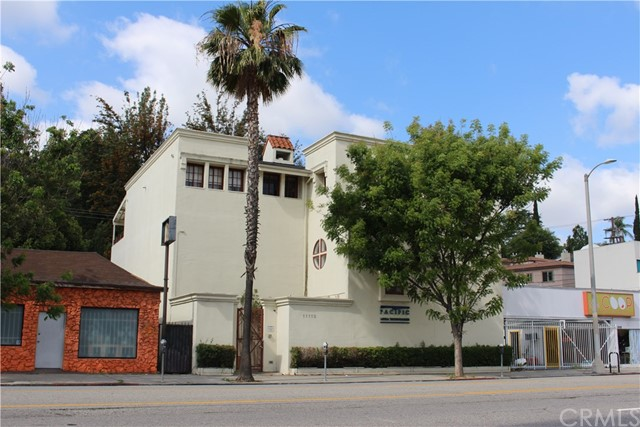 Commercial for Sale at 11112 Ventura Boulevard 11112 Ventura Boulevard Studio City, California 91604 United States