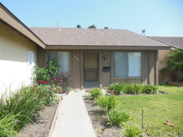 Single Family Home for Rent at 10663 El Este St Fountain Valley, California 92708 United States