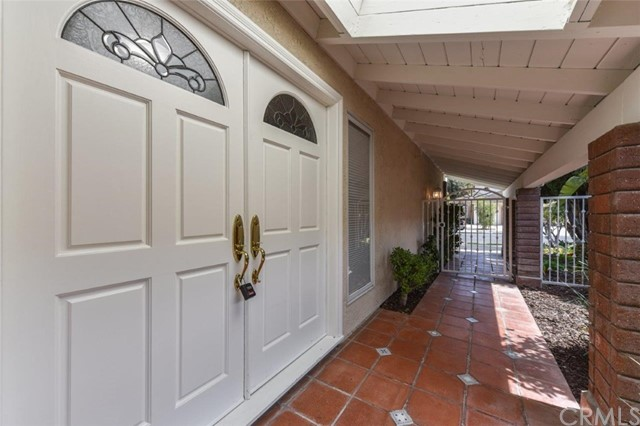 19281 Sierra Cadiz Rd, Irvine, CA 92603 Photo 2