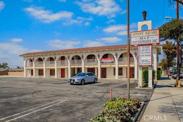 Oficinas por un Venta en 15545 Bellflower Boulevard Bellflower, California 90706 Estados Unidos