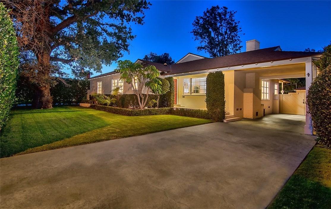 750 S Griffith Park Drive, Burbank, CA 91506