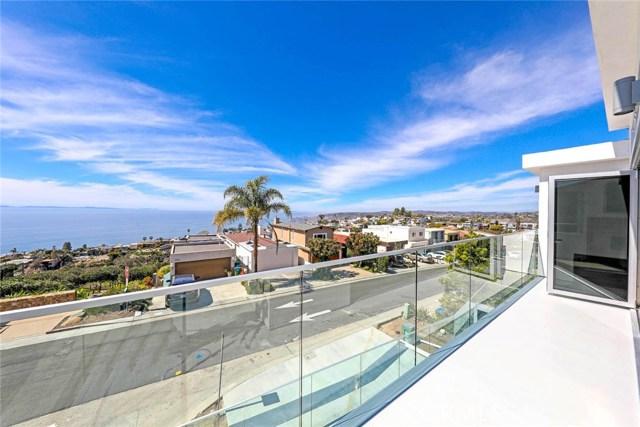 908 Quivera Street, Laguna Beach CA: http://media.crmls.org/medias/9dc6fe84-a896-481a-bcd4-05c6b56ea89a.jpg