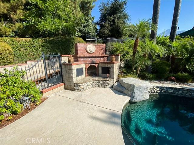 2476 Prospect Drive, Upland CA: http://media.crmls.org/medias/9dd33336-f956-4bc0-b862-10c38da25211.jpg