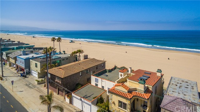 Additional photo for property listing at 3330 The Strand  Hermosa Beach, Californie,90254 États-Unis