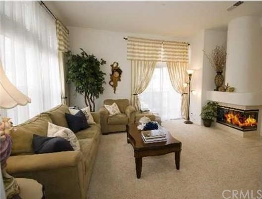 1 Cuzzano Aisle, Irvine, CA 92606 Photo 2