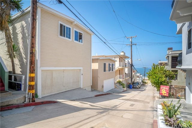212 Seaview Street  Manhattan Beach CA 90266